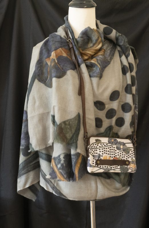Marble Design (Sheikh Zayed Grand Mosque - Abu Dhabi) - Cashmere scarf and clutch